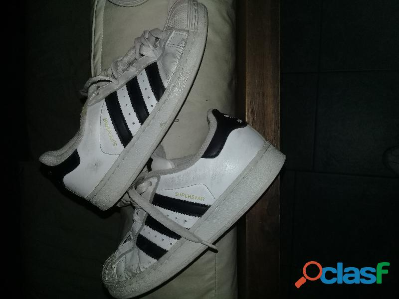 Zapatillas adidas usadas talle 33