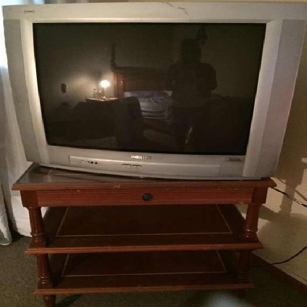 Tv philips mas mesa para tv con ruedas y vidrio en roble