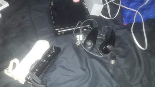 Nintendo wii con juegos y dos mandos