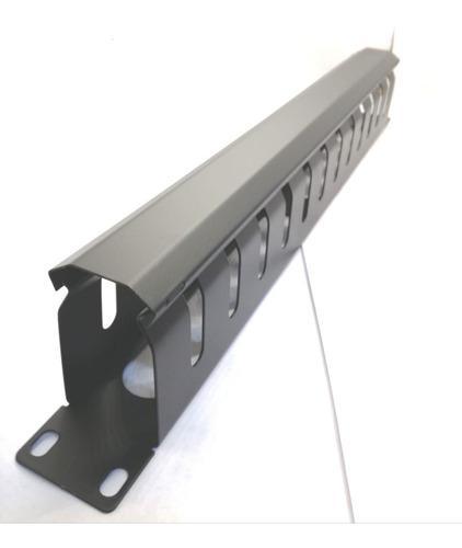 Organizador de cables para rack con tapa 1 unidad.