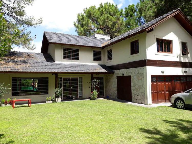 Alquiler temporario casa 4 ambientes pinamar con cochera
