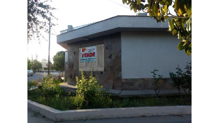 Casa esquina centro san martín