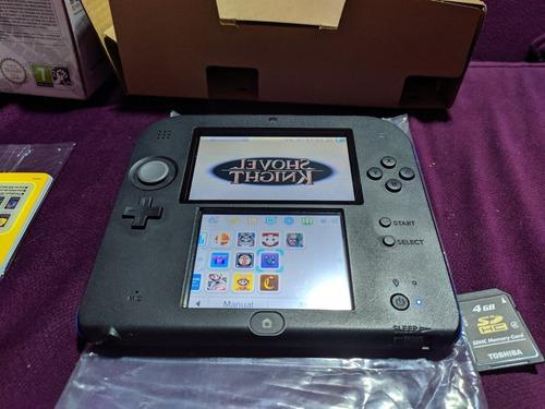 Consola portátil nintendo 2ds cómo nueva!! azul y negro