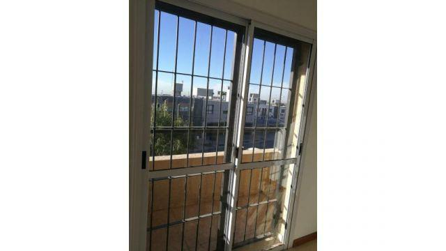 Departamento un dormitorio, cochera, balcon - complejo