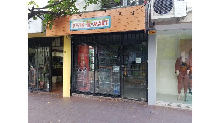 Local comercial próximo calle aristides - 30 m2