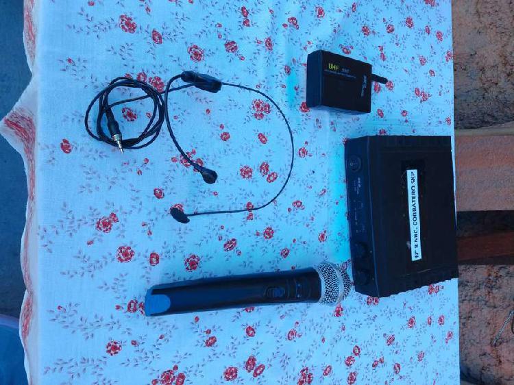 Microfono skp uhf 265 dual channel. funcionando normalmente