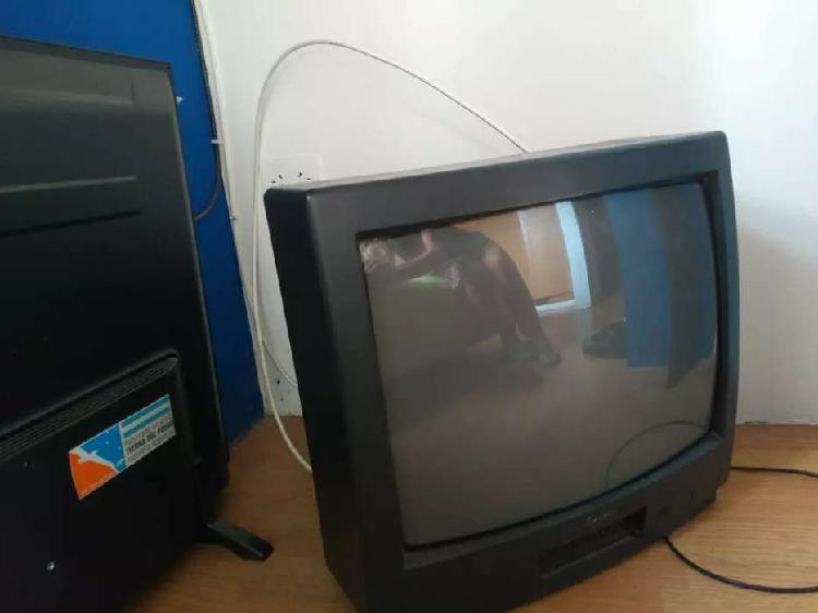 "Vendo tv aurora 21"" impecable andando"