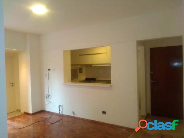 3 ambientes 1er piso con patio y balcón salguero y corrientes almagro