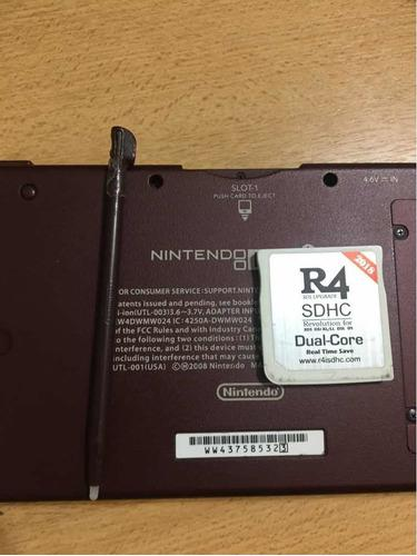 Nintendo dsi xl con r4 y cable usb