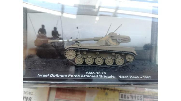 Vendo tanques de colección