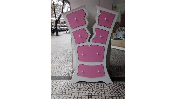 Cajonera. mueble original disponible en rojo y blanco