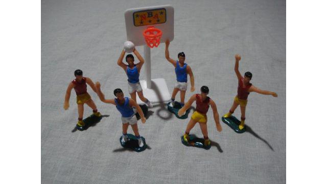 Jugadores de basquet x 6 mas aro