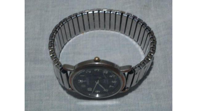 Reloj pulsera hombre retro (detalle)