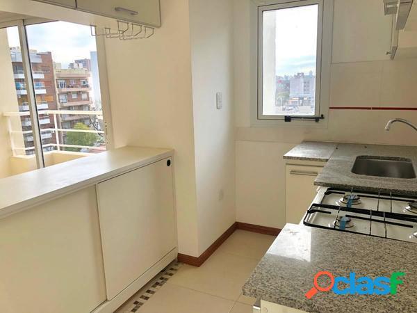 Gamarra 1800, villa urquiza, semipiso 4 ambientes, al frente c/balcón, terraza y cochera