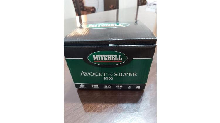 Reel Mitchell Avocet IV Silver 6000