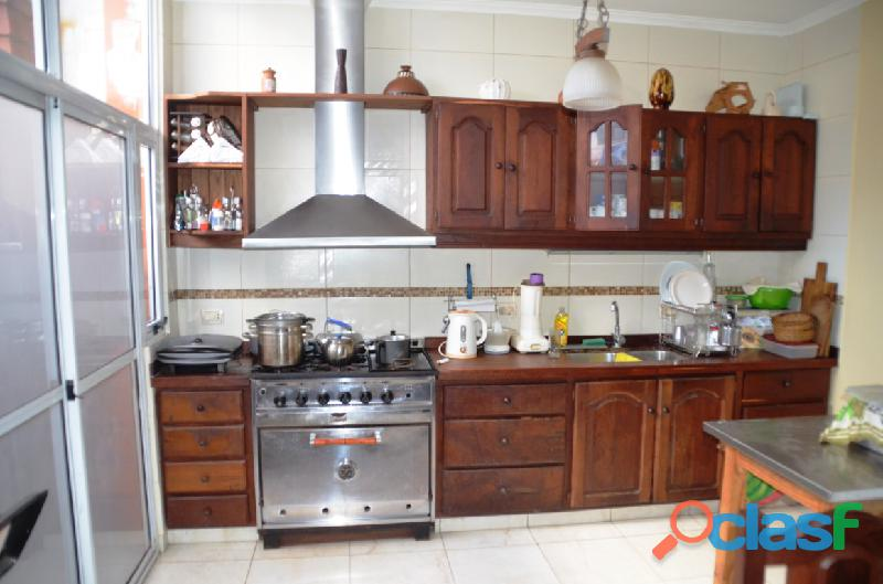 Casa (en dos plantas) + local U$S 169.000 Mar del Plata