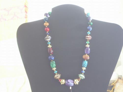 Antiguo collar original japon de acrilico s/ uso retro