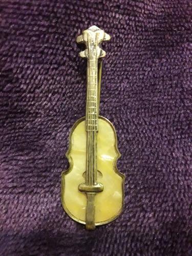 Broche prendedor antiguo violín bronce y nacar divino