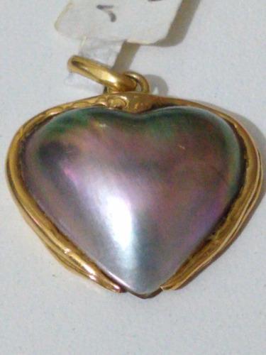 Colgante corazon nacar enmarcado en oro 18 sellado antiguo