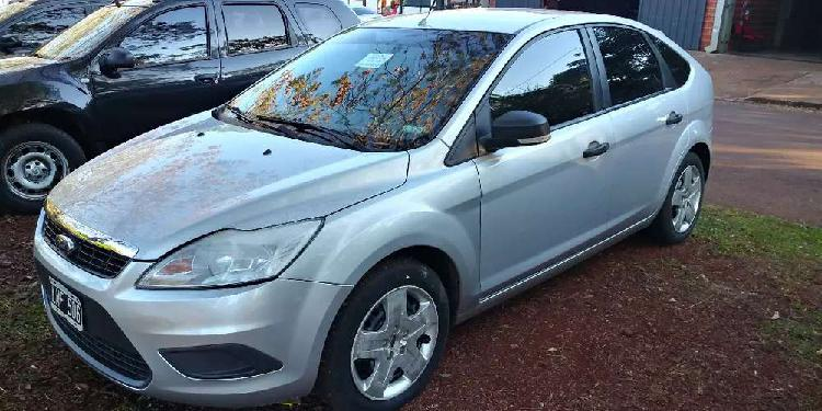 Ford focus 1.6 style 5 puertas 2012