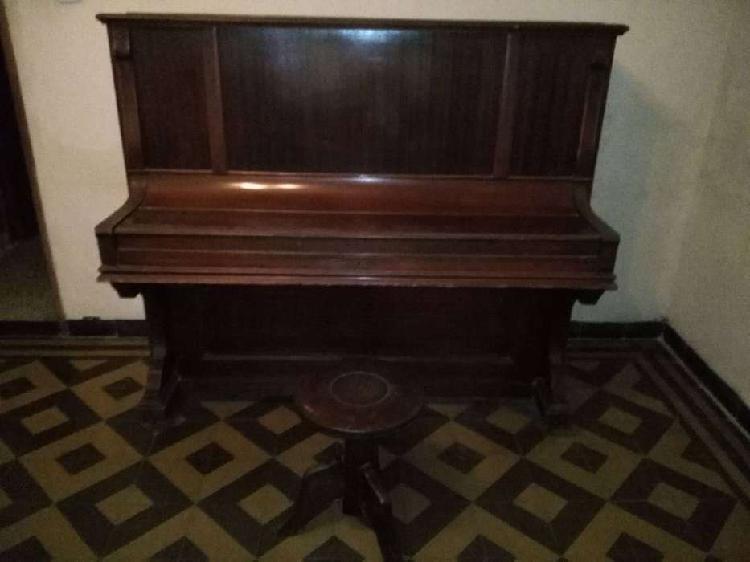 Piano vertical alemán noeske co berlin
