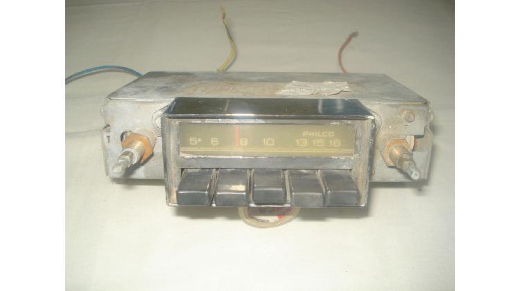 Radio antigua de auto philco (para repuesto)