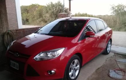 Ford focus 2014 se 2.0 nafta titular exc estado