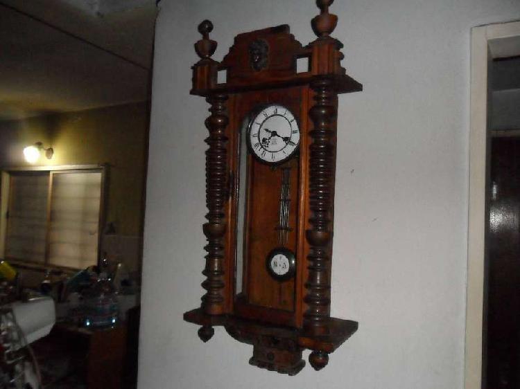 Reloj a pendulo antiguo gustav becker