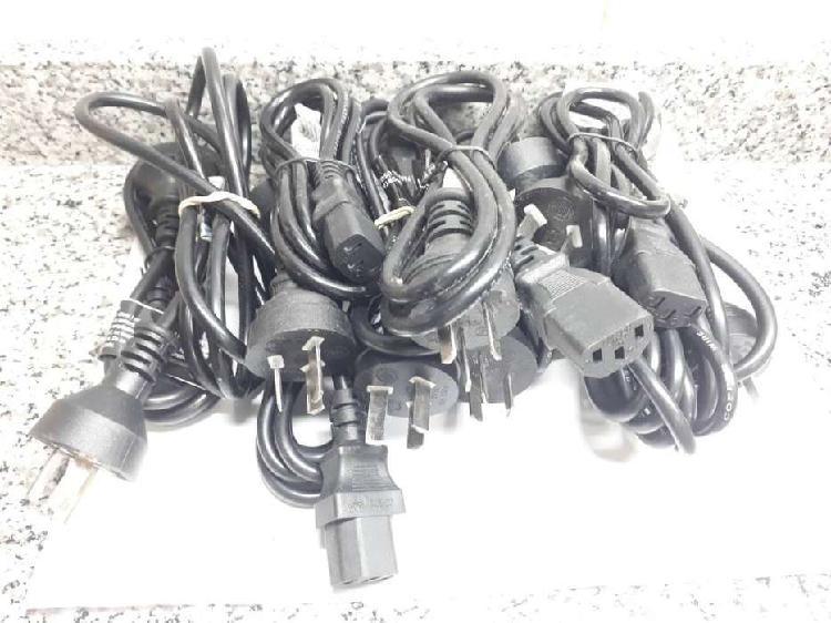 Vendo 10 cables de alimentación de pc