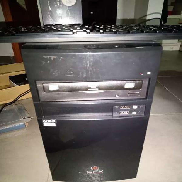 Vendo pc nueva sin monitor,2gb/500gb