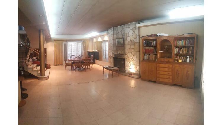 Excelente casa calle b. sur mer al 1300 / ciudad / mendoza
