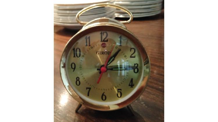 Reloj despertador marca girod nuevo a estrenar