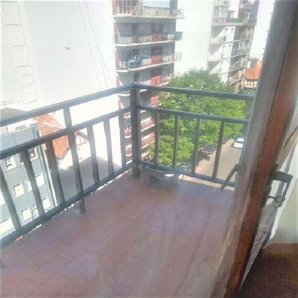 Alquiler 24 meses - 2 ambientes c/balcon al frente