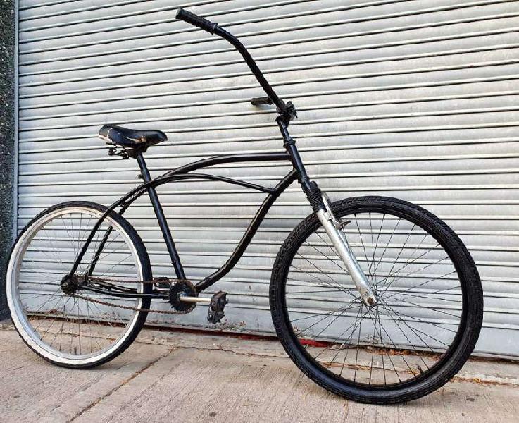 Bicicleta playera negra suspension rodado 26 buen estado.
