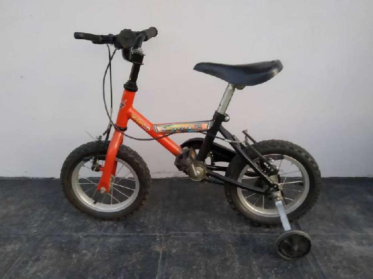 Bicicleta niño rodado 14 con rueditas