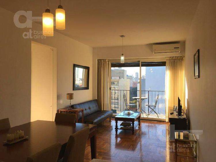 Luminoso departamento en san telmo con balcón y vista a