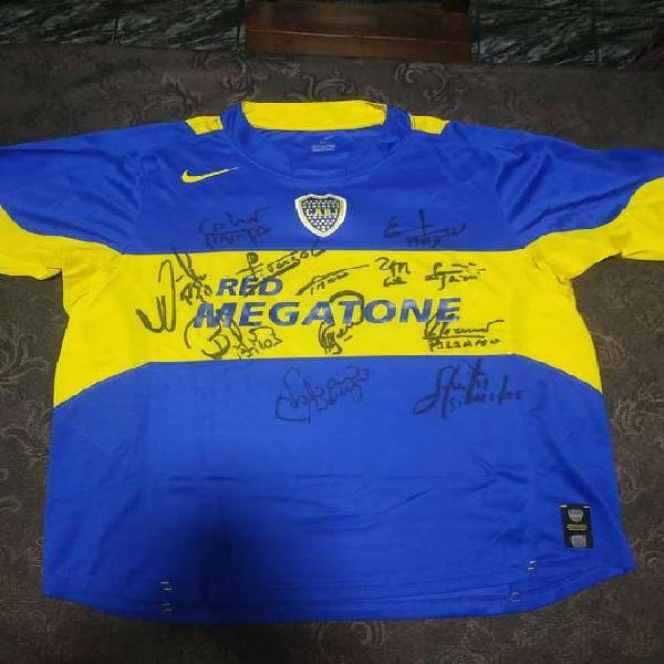 Camiseta boca juniors año 2005/2006 firmada por 12