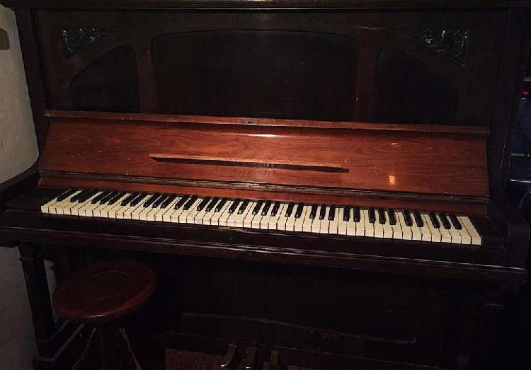Piano vertical aleman - august förster 88 cuerdas, de 3
