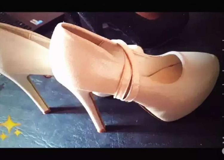 Zapatos de fiesta stilettos excelente calidad