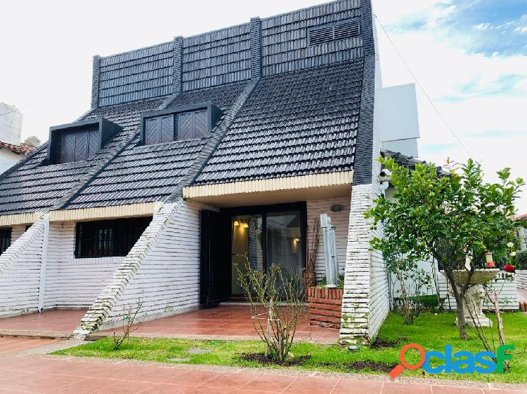 Casa en venta barrio stella maris