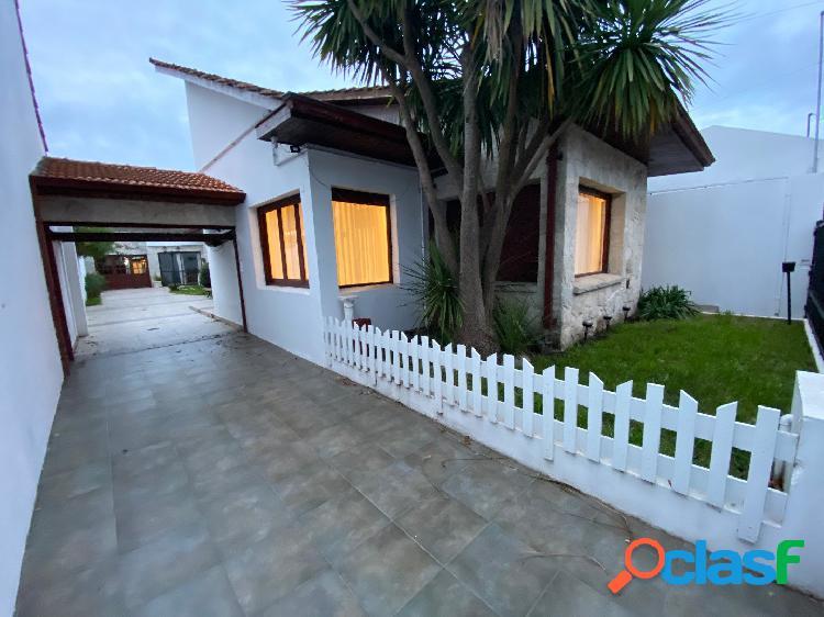 Próximo Parque Luro Chalet 4 ambientes + patio + quincho 3