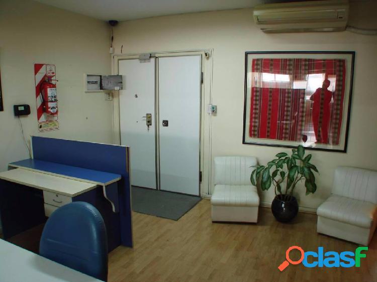 Oficina Comercial Amoblada 2