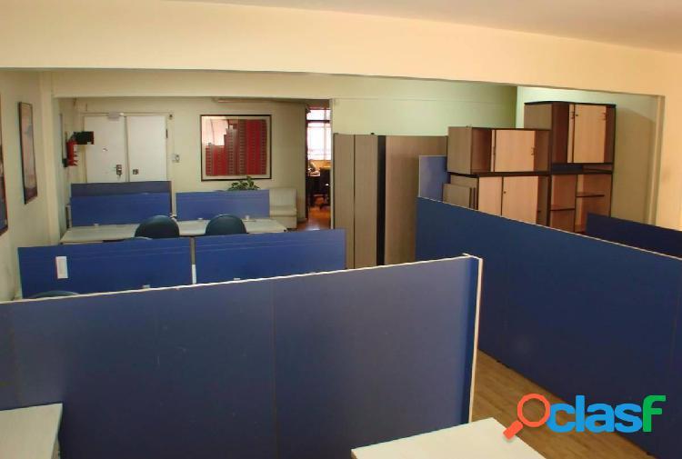 Oficina Comercial Amoblada 3