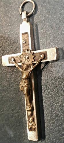 Cruz crucifijo con cristo metal plateado y madera cedro