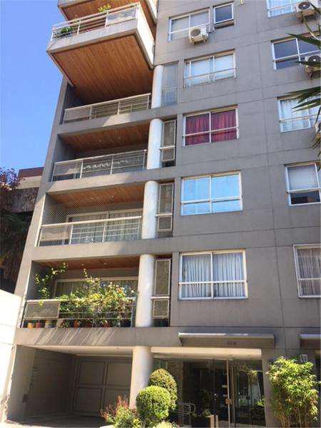 Excelente piso de 4 amb. c/ dep balcon aterrazado , pileta,