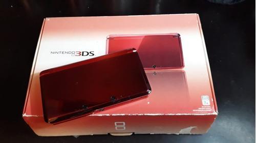 Nintendo 3ds en caja con 4 juegos. incluye estuche