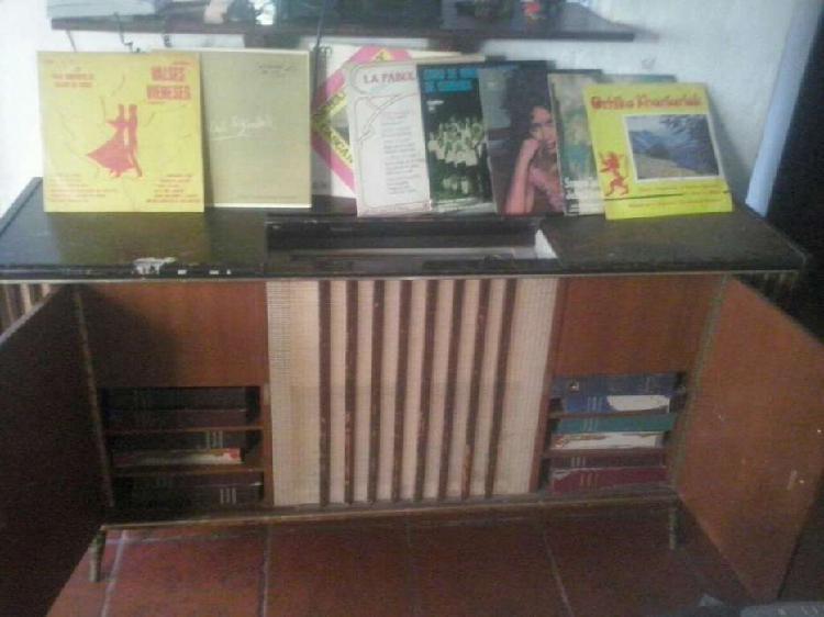 Combinado grundic con numerosos discos
