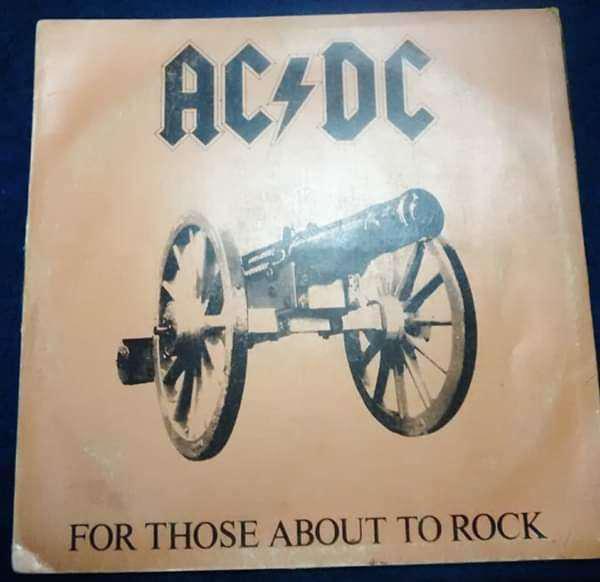 Disco de vinilo de ac/dc for those about to rock. importado