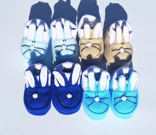 Pack x 4 pares de escarpines polar colores surtidos bebes