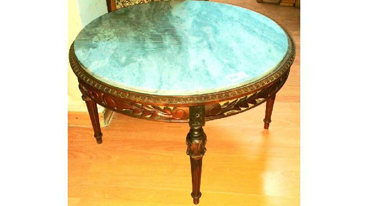 Vendo mesa living redonda con marmol. antigua. nalo